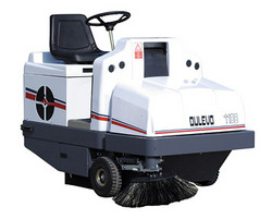 Dulevo1100Futura驾驶式扫地机/扫地车