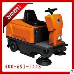 意美Q701驾驶式扫地机