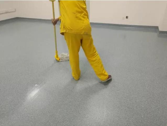 PVC同透地板