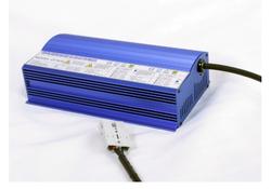 QY800-VC系列 全裕充电器