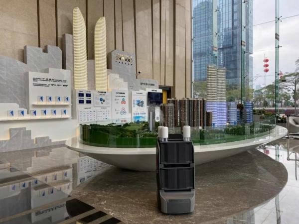 复工首周 深圳首家机器人防疫园区正式启用